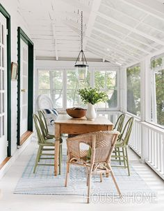 A combination of wicker and painted dining chairs feel appropriately casual for this relaxed cottage porch, located in Ontario& Kawartha region. Decor, Modern Dining, Painted Dining Chairs, Farmhouse Dining, Outdoor Dining Room, Home, Cottage Porch, Dining Room Design, Porch Design