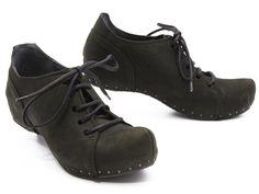 Vialis Shoes, Spain