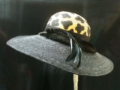 Liz Clairbourne Derby Day hat