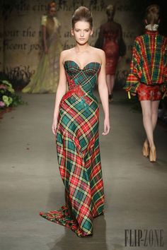 """""""Tartan Plaid Evening Gown by Edwin Oudshoorn - Ready-to-Wear - Winter Style Couture, Couture Fashion, Fashion Show, Fashion Design, Net Fashion, Rock Dress, Dress Up, Tartan Dress, Tartan Plaid"""