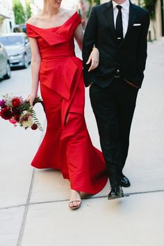 And the #Bride wore #RED -Oscar de la Renta of course :)