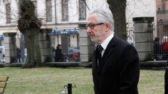 Tord Magnuson anlände utan Christina till begravningen | Svensk Damtidning