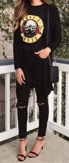 Black Printed Top & Black Ripped Skinny Jeans & Black Sandals