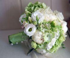 Brautstrauss in Weiß