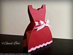 Party Dress favor box with pink ribbon. Bridal Party gift box