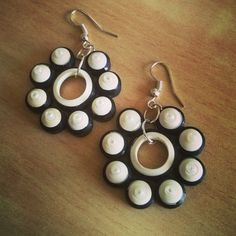 Pearled traditional Earring made from black and white quilling strips