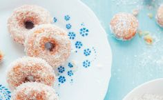Coconut Doughnuts / Aran Goyoaga