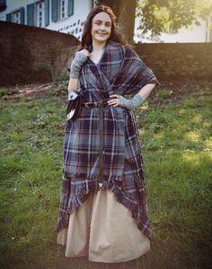 Überkleid Schottin Mac Lane - Gina W. Scottish Costume, Scottish Dress, Traditional Scottish Clothing, Traditional Dresses, Scottish Women, Scottish Fashion, Celtic Clothing, Medieval Clothing, Tartan Fashion