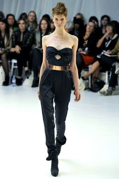 Sass & Bide Spring 2011 Ready-to-Wear Collection Photos - Vogue Fashion Show, Fashion Design, Boho Chic, Ready To Wear, Fashion Accessories, Jumpsuit, Spring Summer, Black And White, My Style