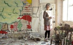 rose wylie in her studio