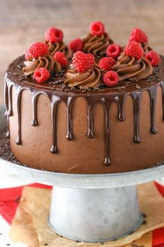 This Raspberry Chocolate Layer Cake is super moist and layered with smooth chocolate ganache and raspberry filling, all covered in a fudgy chocolate frosting! It's rich, full of chocolate and…MoreMoreThis Moist Chocolate Cake recipe is seriouslyA Heavenly Chocolate Cake Recipe, Chocolate Raspberry Cake, Cake Chocolate, Chocolate Cheesecake, Chocolate Drip Cake Birthday, Beautiful Chocolate Cake, Chocolate Birthday Cake Decoration, Chocolate Buttercream Cake, Raspberry Cake Filling