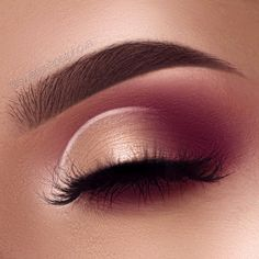 """9,604 Likes, 151 Comments - Lana (@swetlanapetuhova) on Instagram: """"Can't stop using my modern renaissance palette inspired by @bybrookelle Brows:…"""""""