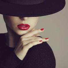 The Best Lip Fillers with Dr Dan Dhunna London & Midlands Dark Photography, Photography Women, Portrait Photography, Fashion Photography, Mode Poster, Mode Editorials, Foto Fashion, Lip Fillers, Red Lips