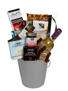 Wine Gift Baskets Toronto @ http://www.belengiftandbasket.ca/Wine-Gift-Baskets/