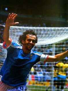 Michel Platini, France Football, Blue Is The Warmest Colour, Football Images, Pablo Escobar, Warm Colors, Rugby, World Cup, History
