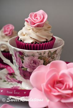Rose Cupcakes ~ Tutorial