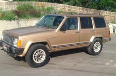 This Super Rare Diesel Jeep Cherokee Xj For Sale In Idaho Shares Its Engine With A Winnebago Diesel Jeep Cherokees In 2020 Jeep Cherokee Xj Jeep Cherokee Winnebago