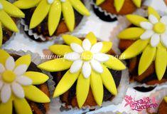 Cupcakes Decorati Margherite | | Fate di Zucchero - Cake Designers