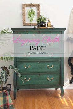 Diy Furniture Renovation, Home Decor Furniture, Furniture Makeover, Dresser Makeovers, Furniture Design, Green Painted Furniture, Chalk Painted Dressers, Distressed Furniture, Furniture Painting Techniques