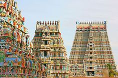 19 Beautiful Houses of Worship Around the World: Sri Ranganathaswamy Temple, Tamil Nadu, India Temple Architecture, Unique Architecture, Religious Architecture, Ancient Architecture, Places Around The World, Around The Worlds, South India Tour, Amazing Buildings, World Photo
