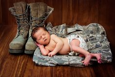 photography newborn baby- love my military man Baby Poses, Newborn Poses, Newborn Baby Photography, Children Photography, Newborns, Family Photography, Newborn Pictures, Baby Pictures, Army Baby