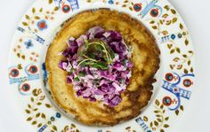 Talvi on blinien aikaa ja ne maistuvat myös kasvissyöjille. Kokeile maukkaita kasvistäytteitä, jotka syntyvät muun muassa sienistä ja kurkusta.