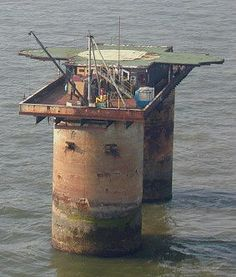 One of two possible Maunsell Sea Fort appearances. Interesting concept for some sort of military fortification thing.