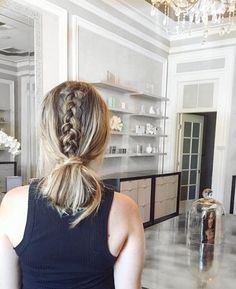 The coiffure that saved my hair, and the spa that saved my pores and skin! I used to be operating late for my facial so I put my damp hair to this braided chignon 🙈🎉 value i… Pulled Back Hairstyles, Daily Hairstyles, Cute Hairstyles For Short Hair, Braided Hairstyles, Damp Hair Styles, Short Hair Styles, Hair Day, My Hair, Kayley Melissa