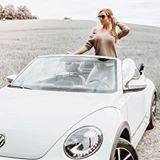 VW  B E E T L E  C A B R I O ☝🏼 _____________________________________________ Ach ja, das richtige Auto zu finden ist schon so eine Sache...wenn man doch nur das Geld für zwei hätte - also ein #spaßmobil so wie der #vwbeetle #cabrio oder einen richtig schönen #oldtimer und dann halt noch ein #familycar - wie schön wäre das! Was für ein Auto fahrt ihr denn so? Sagt ja irgendwie schon einiges über den Besitzer aus oder?! (so wie bei Haustieren) 😄…