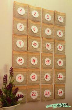 Quick advent calendar upcycling book pages / Calendario de adviento reciclando libro