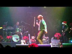 "Brett covers #EricClapton 's ""Wonderful Tonight"""