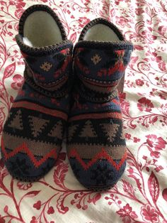 aa447d54e53e 18 Best Slippers images in 2019
