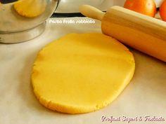 La pasta frolla sabbiata è facilissima e anche veloce da preparare. Ricetta con doppio procedimento: con la planetaria oppure a mano. La pasta frolla sabbiata è priva di lievito.