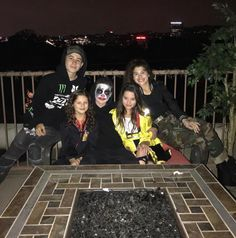 A lovely picture! Annie Leblanc Outfits, Annie And Hayden, Hayden Summerall, Hayley Leblanc, Annie Lablanc, Bratayley, Cutest Couple Ever, Best Friends For Life, Tv Actors