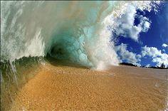 荒々しかったり渦巻いていたりする、世界中の海の美しい波の写真いろいろ - GIGAZINE