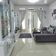 Small Living Room Design, Small Room Decor, Home Room Design, Small House Design, Living Room Decor, Drawing Room Interior, Indian Living Rooms, Hall Interior, Warm Home Decor