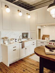Stoffer Home – Visit Grand Rapids Easy Home Decor, Home Decor Kitchen, Cheap Home Decor, Kitchen Ideas, Kitchen Inspiration, Kitchen Designs, Design Inspiration, Design Ideas, Cottage Kitchens