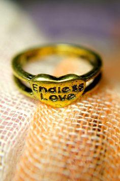 #Trinkettes               #love                     #Endless #Love #Ring #Trinkettes                    Endless Love Ring   Trinkettes                                                http://www.seapai.com/product.aspx?PID=1001044