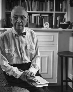 Today is the birthday of William Carlos Williams (1883 – 1963). He was an American poet closely associated with modernism and imagism. He was also a pediatrician and general practitioner of medicine with a medical degree from the University of Pennsylvania School of Medicine. More information about Williams and his poems on PoemHunter: http://www.poemhunter.com/william-carlos-williams/ Happy Birthday William Carlos Williams!