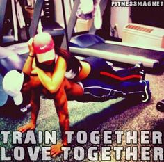 we train together we love together :) #coupleslift #bodybuilding #fitness #getfitordietrying