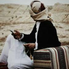 مشكلتـي إن حبيت جيت كلي قلبي واعرفه زين مايقبل القسمه قلب بدوي لحب يجيك منصلي مثل الحجر لطاح من عالي القمه