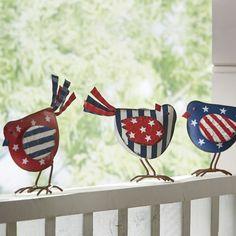 Americana Décor - Patriotic, of July, Rugs, Wreaths 4th July Crafts, Fourth Of July Decor, 4th Of July Decorations, July 4th, Office Decorations, Decor Ideas, Decorating Ideas, Americana Crafts, Patriotic Crafts