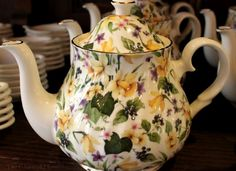 The Charm of Home: The Tea Caddy & Victoria Magazine
