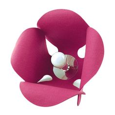 CONVALLARIA lamp - Pink Pug Design  Inspired by nature, decorative lamp made of felt and created by Pink Pug Design studio.