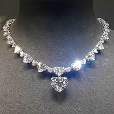 Cute Jewelry, Body Jewelry, Jewelry Box, Jewelery, Jewelry Accessories, Fashion Accessories, Jewelry Necklaces, Fashion Jewelry, Women Jewelry