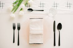 9 Creative Napkin Folding Techniques to Elevate Your Dinner Table - RMBO Collective, Diy Abschnitt, Egg Recipes For Breakfast, Easy Healthy Breakfast, Breakfast Ideas, Cloth Napkin Folding, Folding Napkins, Diy Table, Dinner Table, Spice Things Up, Tablescapes