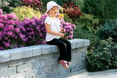 garden and pato walls with cement bricks - Google Search
