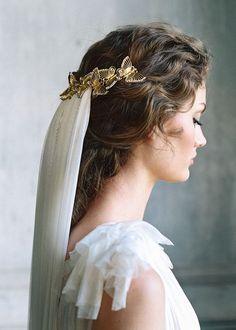 Unique gold butterfly bridal crown. #weddingaccessories