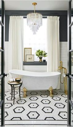 awesome Idée décoration Salle de bain - Black and white floors make such a strong statement ~... Check more at https://listspirit.com/idee-decoration-salle-de-bain-black-and-white-floors-make-such-a-strong-statement/