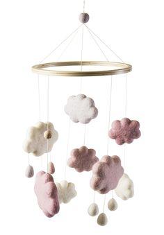 Sebra Babyzimmer Filz-Mobile 'Wolken' altrosa/creme/natur 22x57cm bei Fantasyroom online kaufen